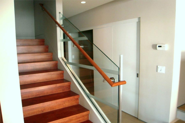 Frameless Glass Railings / Base Shoe Installation