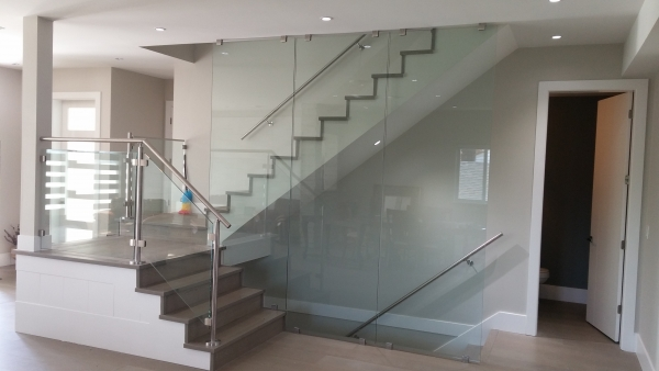 Interior Glass Wall/ Clips Installation